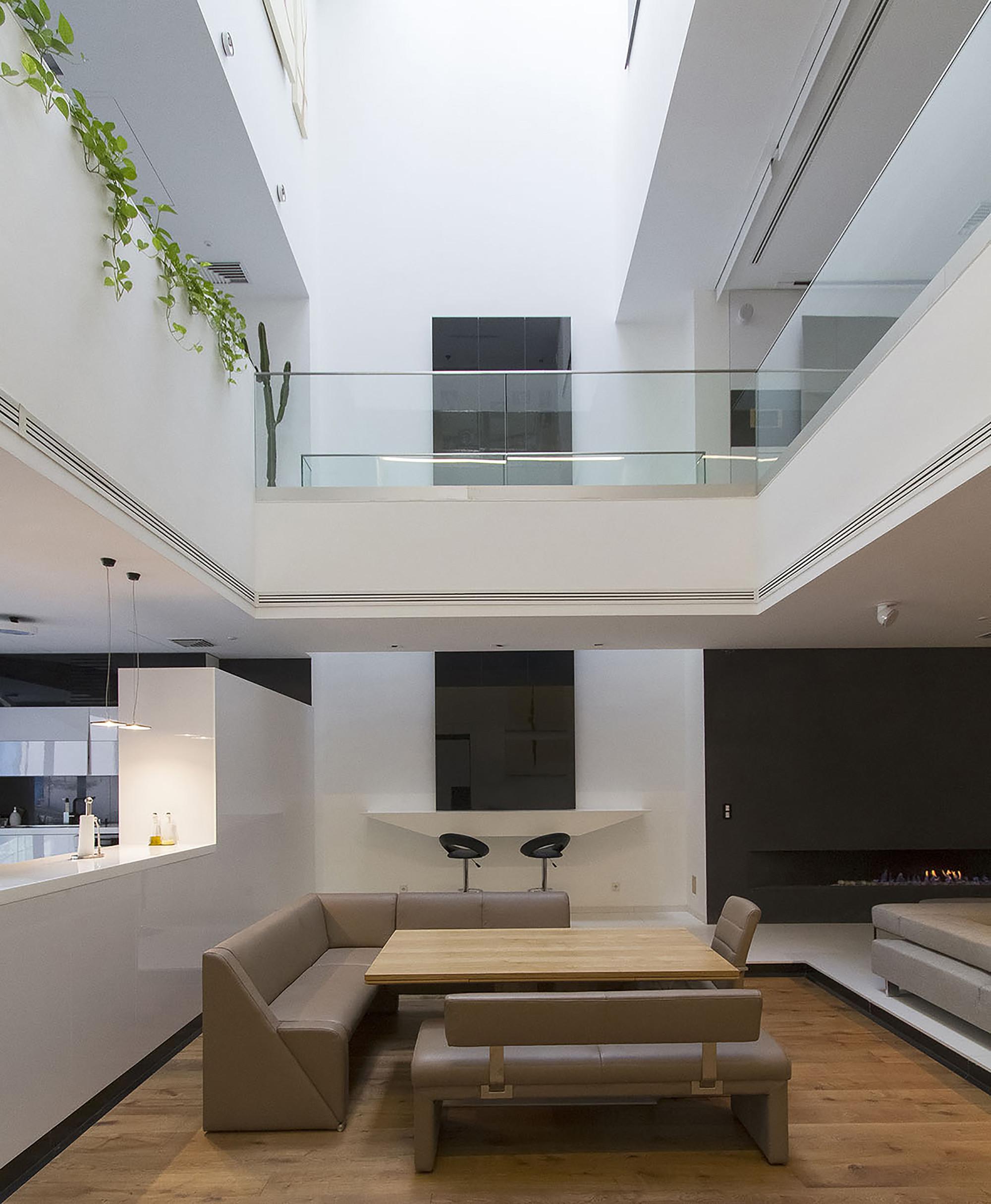 طراحی وید ساختمان مسکونی,نورگیر در ساختمان مسکونی