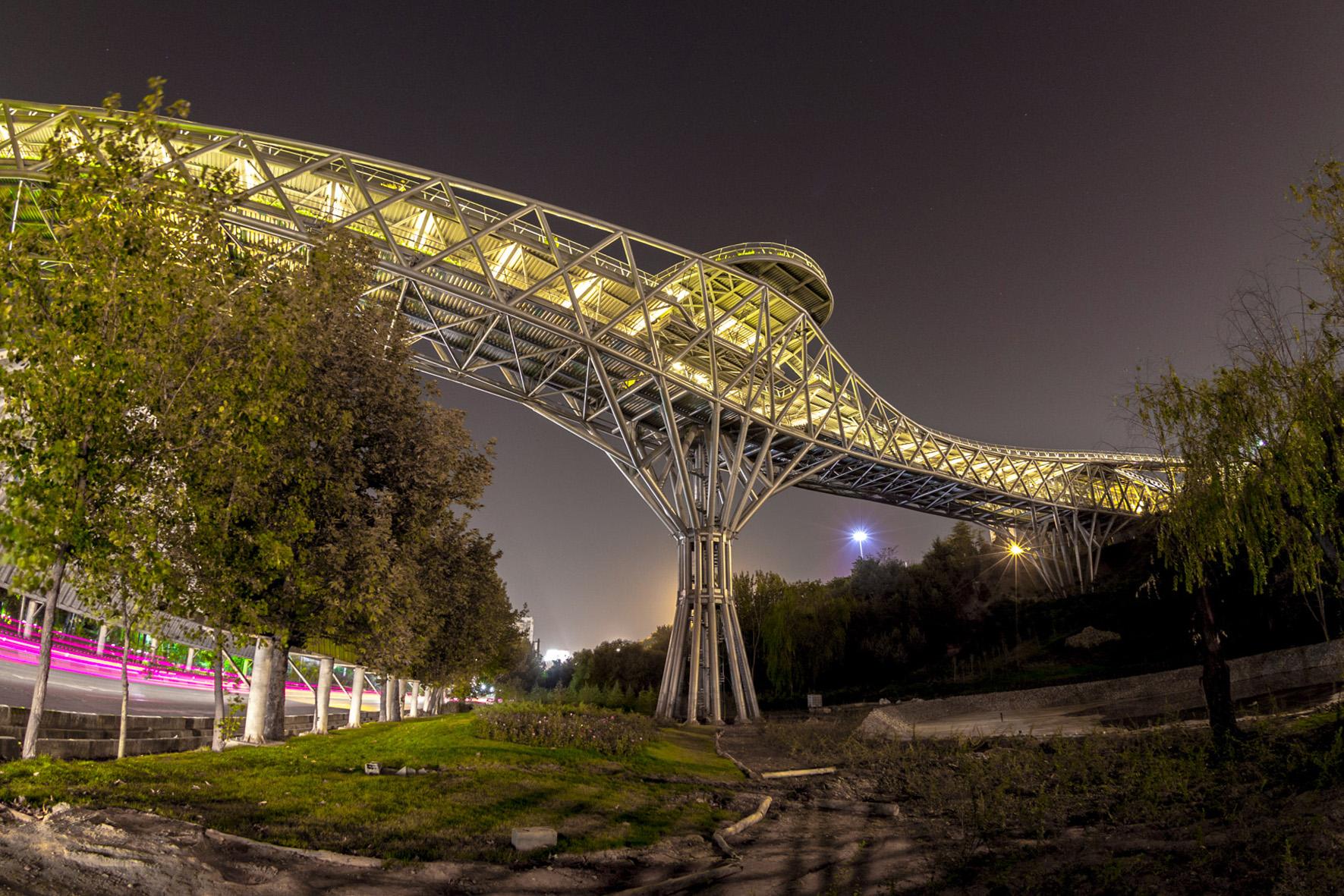 سازه فولادی پل طبیعت