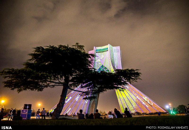 Azadi Tower Lighting,نورپردازی برج آزادی,نورافشانی برج آزادی توسط هنرمند آلمانی,معماری,معماری برج آزادی تهران,معمار برج آزادی حسین امانت,حسین امانت معمار برج آزادی تهران,پارساکد,معمار,