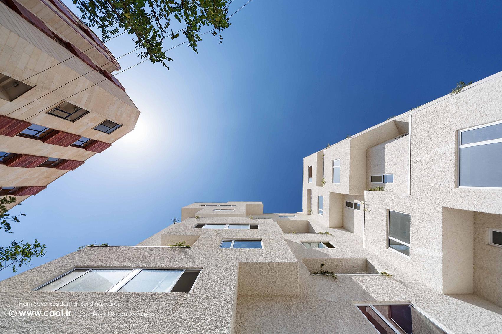 آسمان در قاب معماری,نمای ساختمان مسکونی همسایه,نمای مجتمع مسکونی,طراحی نمای مجتمع مسکونی