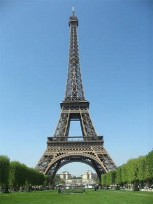 برج ایفل در نمایشگاه 1889 پاریس ساختمان ایدهآل و آرمانی معماران های ـ تک است. برج ایفل با 330 متر ارتفاع و اسکلت فلزی نمایان، نمادی از دستاوردهای تکنولوژی در عصر مدرن است.