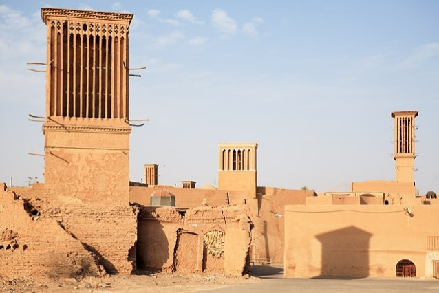 دانلود مقاله درباره بادگیر,بادگیر در معماری ایران,انواع بادگیر,مصالح بادگیر
