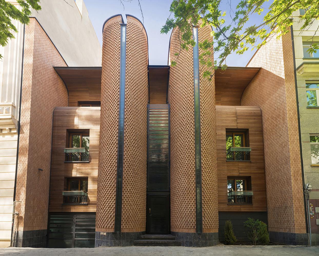 بازسازی خانه,معماری,زیباسازی در معماری,نقشه معماری,خانه مسکونی کاوه تهران,بازسازی ساختمان مسکونی کاوه تهران,طراحی نما
