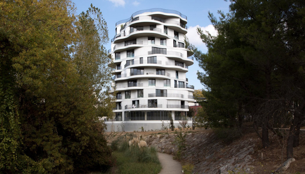 طراحی مجتمع مسکونی از فرشید موسوی,نقشه مجتمع مسکونی,طراحی مجتمع مسکونی,پارساکد,معماری,نمونه موردی مجتمع مسکونی,پلان مجتمع مسکونی